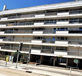 TEXT_PHOTO 5 - Appartement 2 pièces 43 m² loggia à vendre à METZ Queuleu
